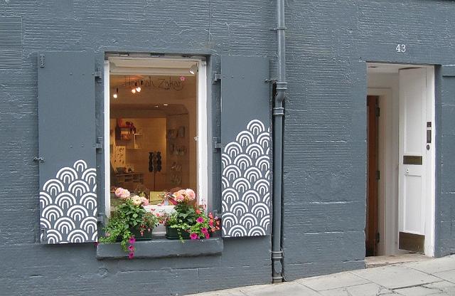 Hannah Zakari Shop Exterior